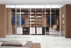 Отдельная гардеробная комната на заказ Киев