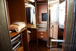 Гардеробные шкафы и комнаты на заказ Киев